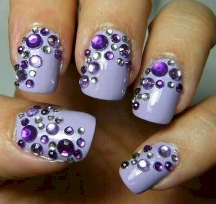 18 Purple Nail Art Designs - Bringing out the bling with this purple nail art design.