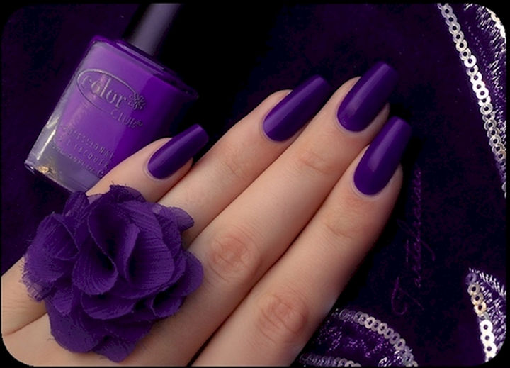 18 purple nail art designs that look sophisticated yet fun 18 purple nail art designs matte purple nails screams elegance prinsesfo Images