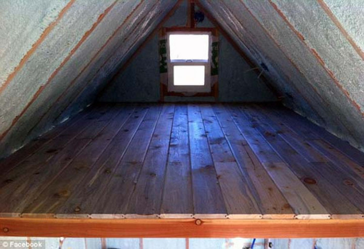 It is very well insulated and the loft offers enough space for a queen sized bed.