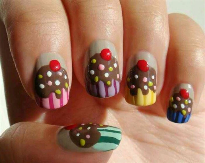11 Dessert-Inspired Nail Art Designs - Yummy cupcake nails.