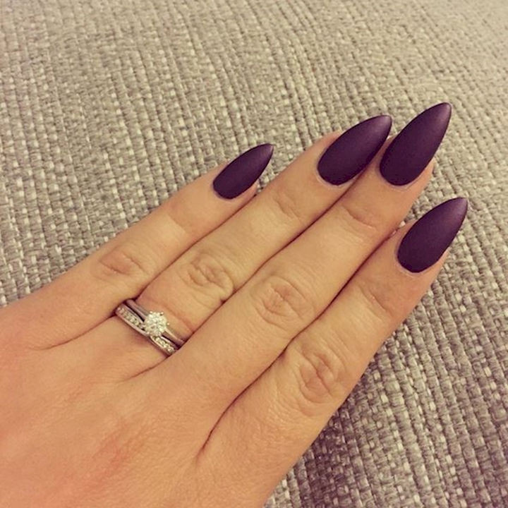 13 Plum Nails - Autumn is all about deep plum shades.