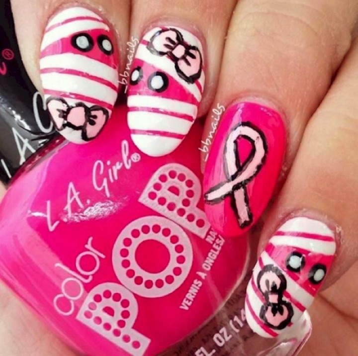 19 Breast Cancer Nails - Pink mummies also show their support for breast cancer awareness at Halloween.