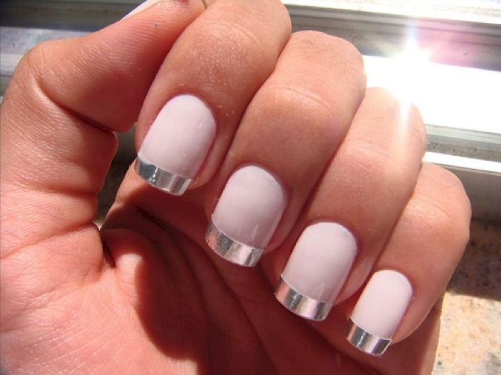 20 Metallic Nails - Add some fun to a French manicure with metallic finishes.