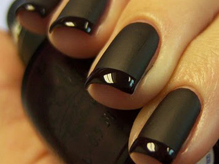 22 black nails that range from elegant to edgy 22 black nails that look edgy and chic a beautiful black twist on a french prinsesfo Images