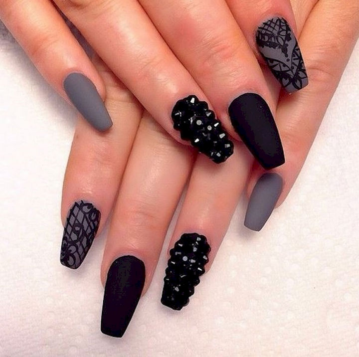 22 black nails that range from elegant to edgy 22 black nails that look edgy and chic show off your creativity with rock nails prinsesfo Images