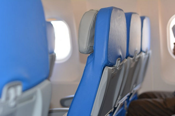 She feared her baby would start crying and when she did, she noticed passengers around her was getting annoyed. She politely asked the stewardess if she could change seats.