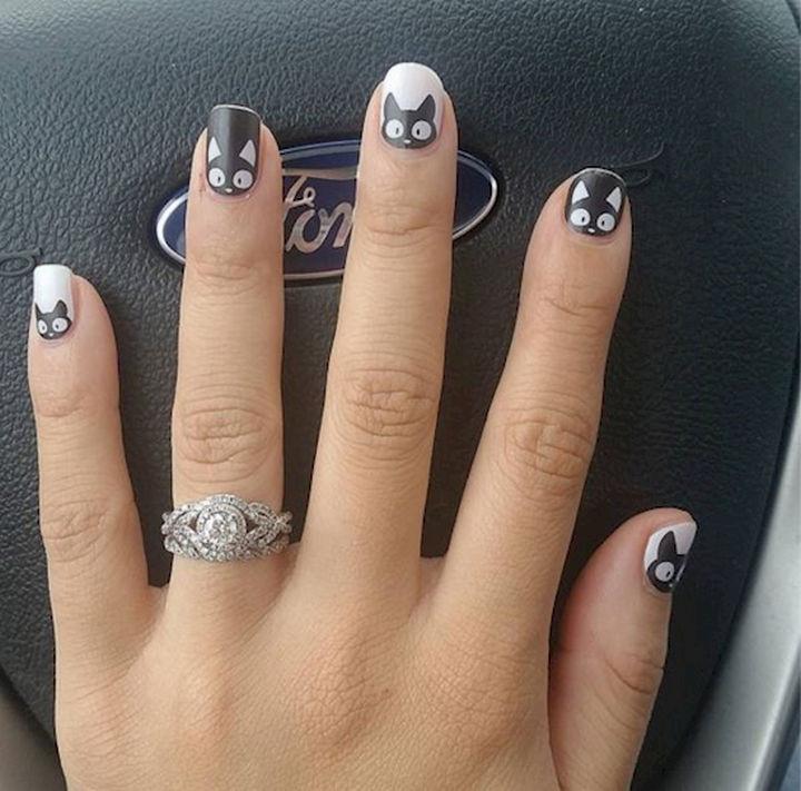15 Cat Nail Art Manicures - Meowtastic!