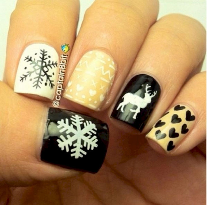 15 Ugly Christmas Sweater Nails - Even in warmer climates without snow, these nails still make you feel warm and cozy.