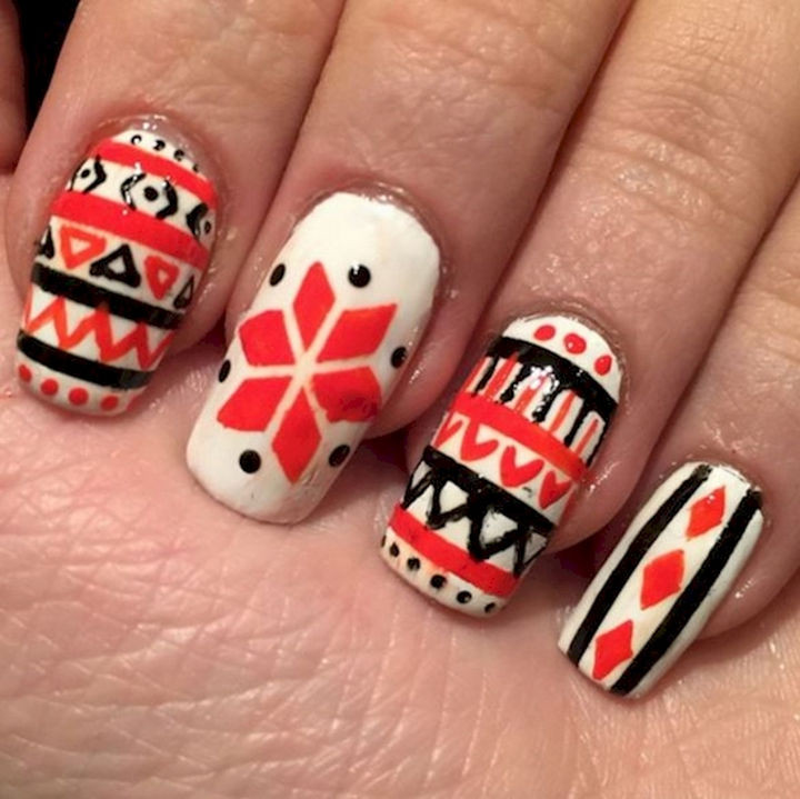 15 Ugly Christmas Sweater Nails - Cozy Christmas sweater art nails.