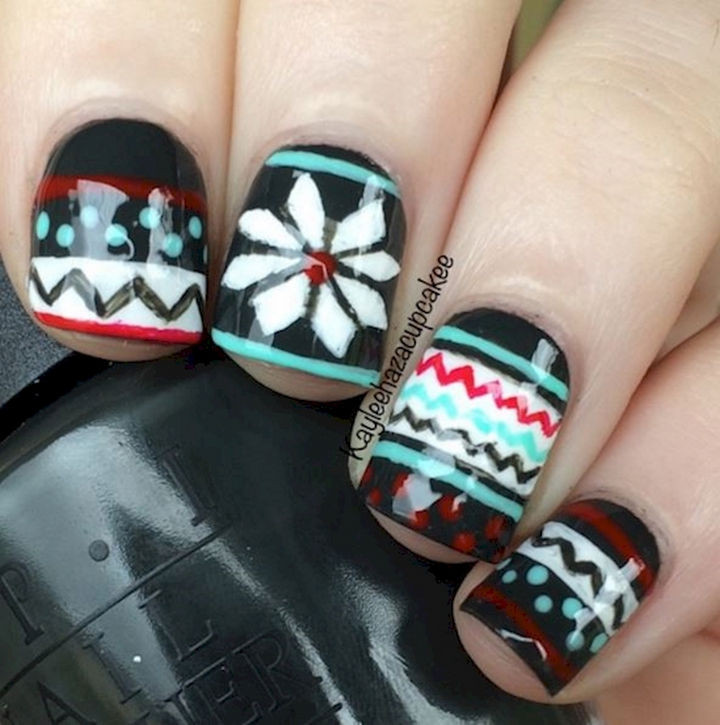 15 Ugly Christmas Sweater Nails - Classic nails inspired by colorful Christmas sweaters.