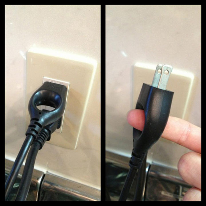 17 Clever Inventions - Easily pull a plug away from an outlet.