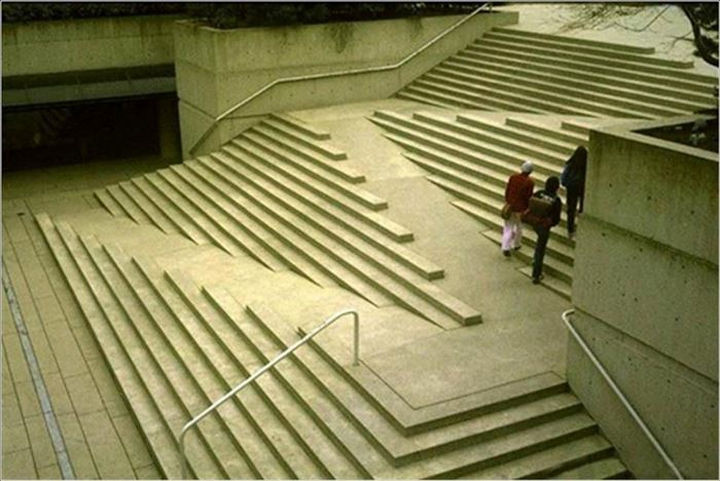 17 Clever Inventions - Staircase accessible to everybody including access for wheelchairs.