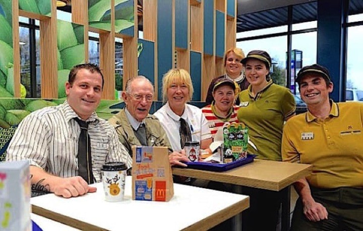 93-year-old Harry Scott visits his local McDonald's nearly every day after his wife passed. On his birthday, he was thrown a birthday party by the restaurant staff to say thanks.