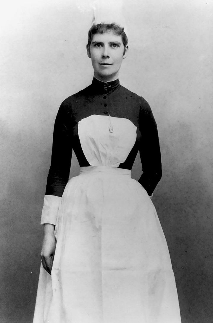 9 Nursing Rules in 1887 - Light is important to observe the patient's condition. Therefore, each day fill kerosene lamps, clean chimneys and trim wicks.