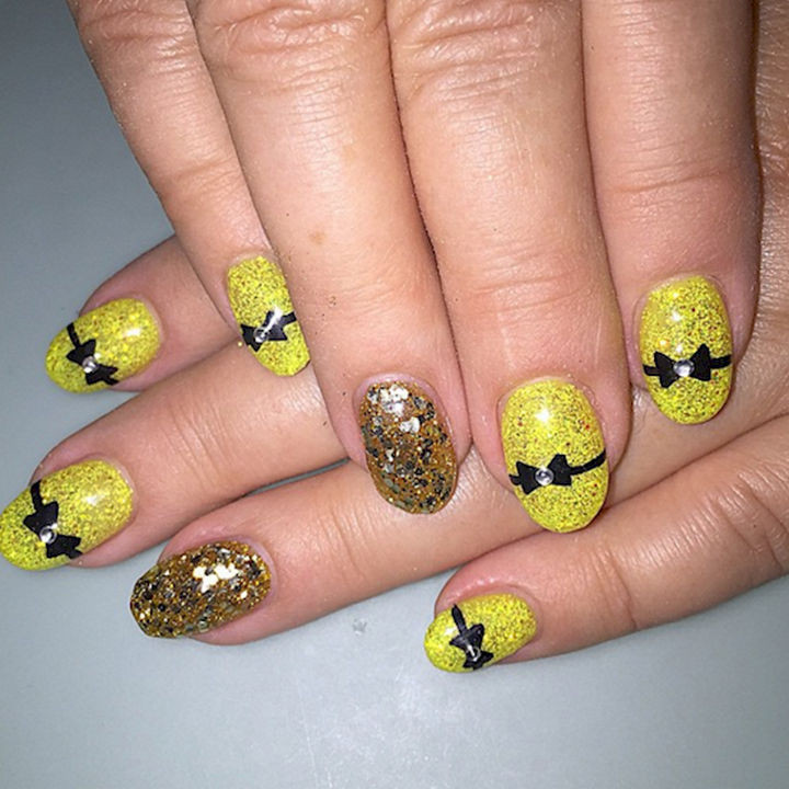 18 Perfectly Manicured Bow Nails - Make a statement with these yellow shimmering nails.