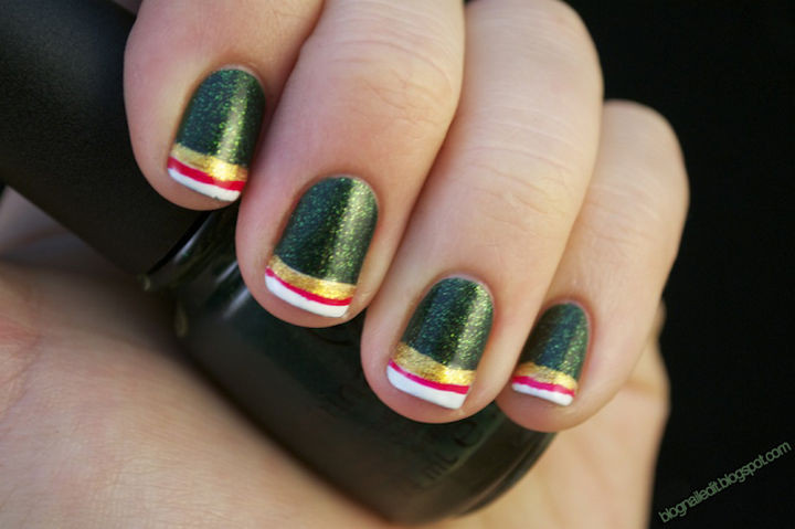 23 Christmas Nails That Will Make Your Nails Festive and Fun