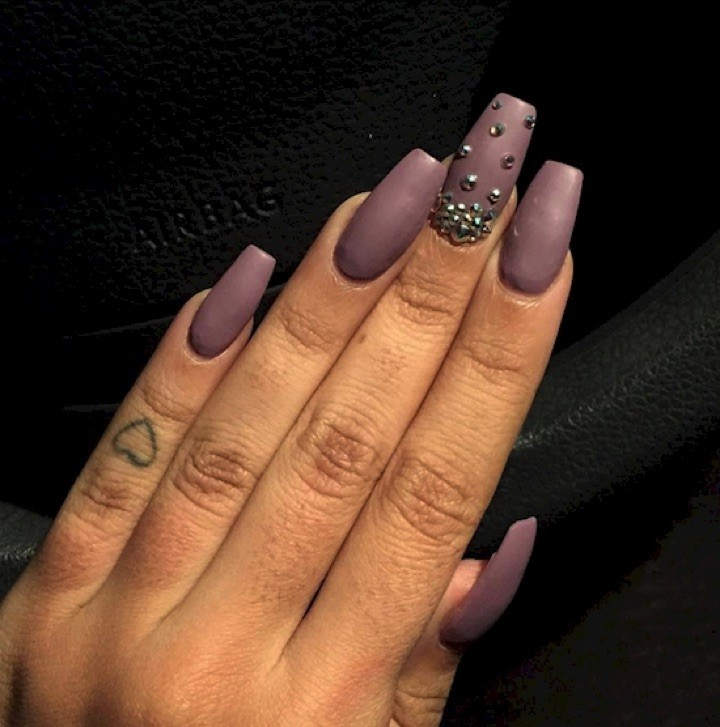 Contemporary Mauve Nails Ornament - Nail Art Ideas - morihati.com