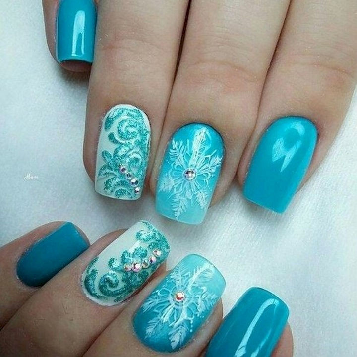 18 Ice Blue Nails That Will Bring Out The Snow Queen In All Of Us