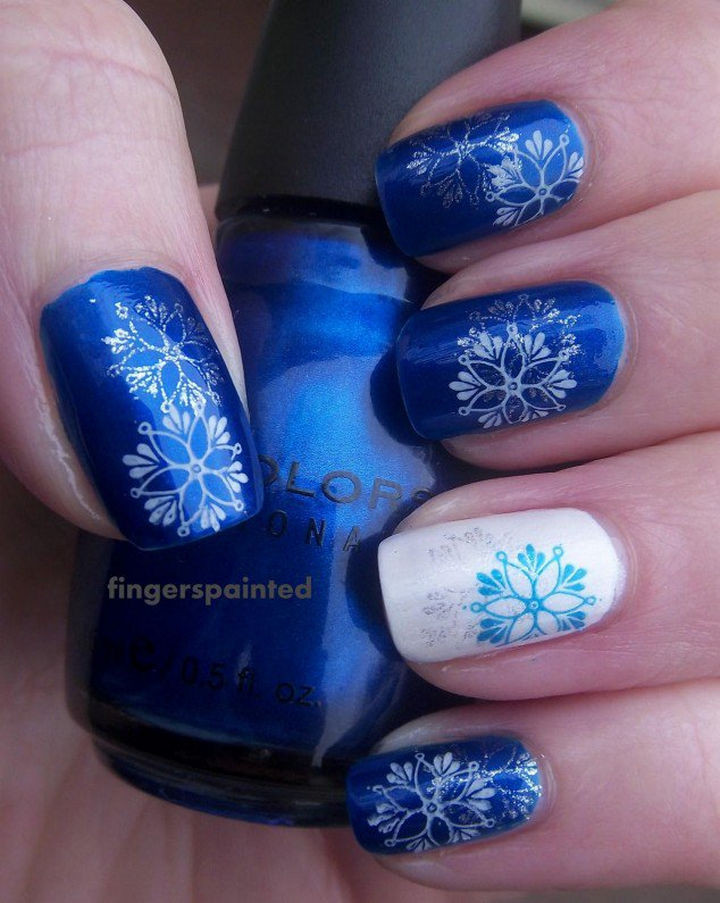 39 Winter Nails - Icy blue nails.