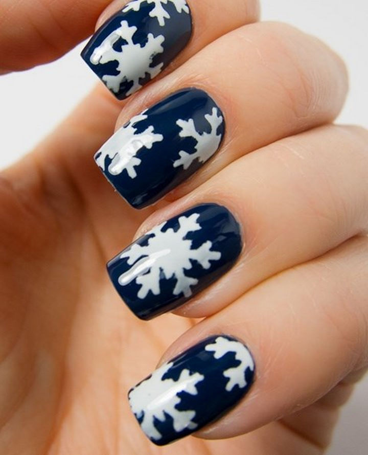 39 Winter Nails - Let it snow, let it snow, let it snow!