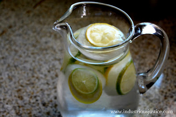 13+ Muffin Pan Hacks - Create lemon and lime ice cubes.