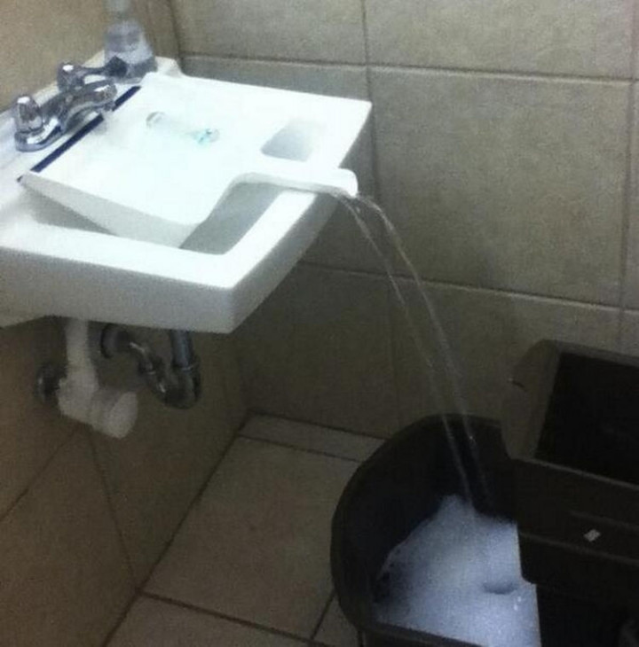 17 Life Hacks to Help Simplify Your Life - If you can't fit a bucket under the sink, use a dustpan.