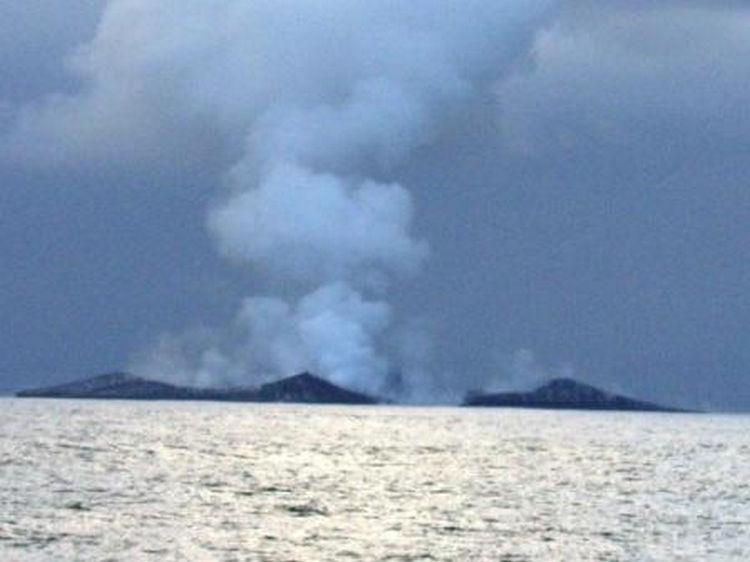 Sailing Crew Witness Underwater Volcano Erupting 13