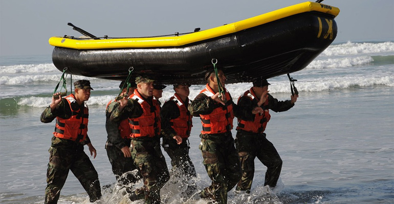 Learn 10 Life Lessons from a Navy Seal.