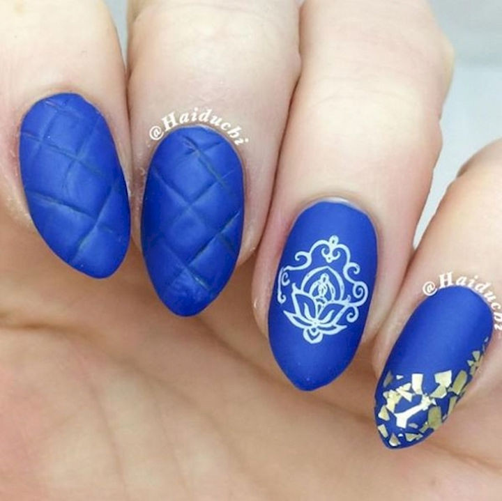 18 3D Nails - A beautiful quilted effect on these nails.