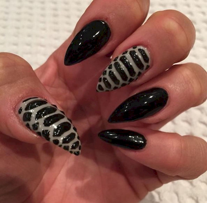 18 3D Nails That Will Add an Entire New Dimension