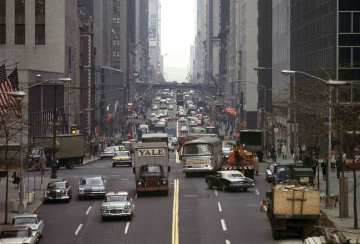 35 Rare Historical Photos - 1965: Looking west toward New York's East 42nd Street.