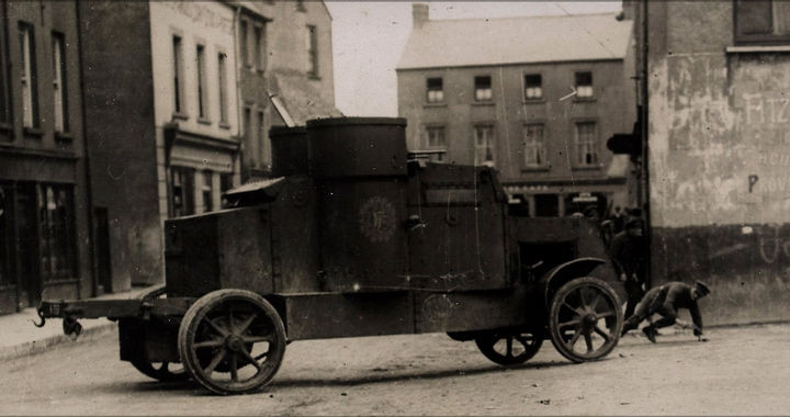 35 Rare Historical Photos - 1922: Armored car during the landing of the Free State troops in Cork city, Ireland.