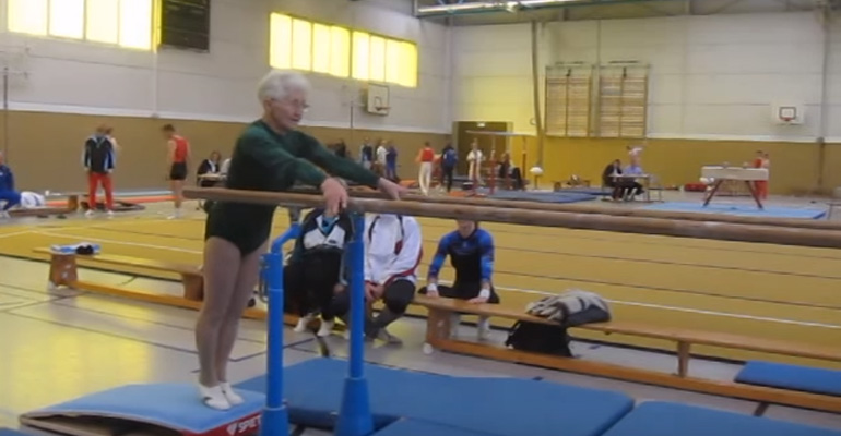 86-Year-Old Gymnast Grandmother Performs Gymnastics Routine.