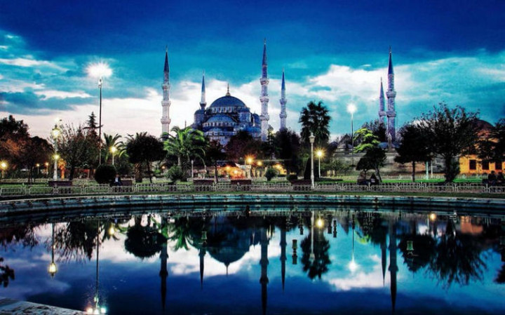 Top 25 Travel Destinations 2016 - Istanbul, Turkey 02.
