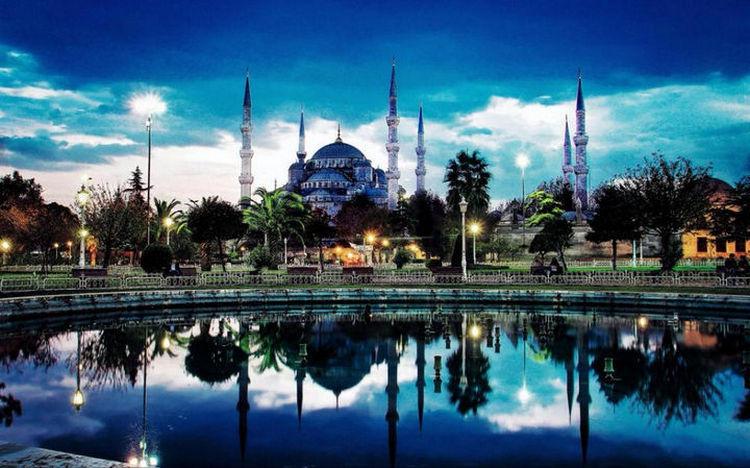 Top 25 Travel Destinations 2016 - Istanbul, Turkey 02.
