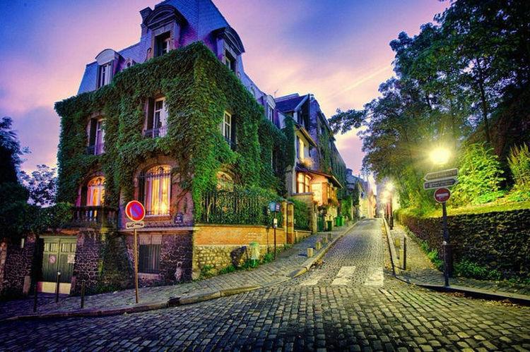 Top 25 Travel Destinations 2016 - Paris, France 03.