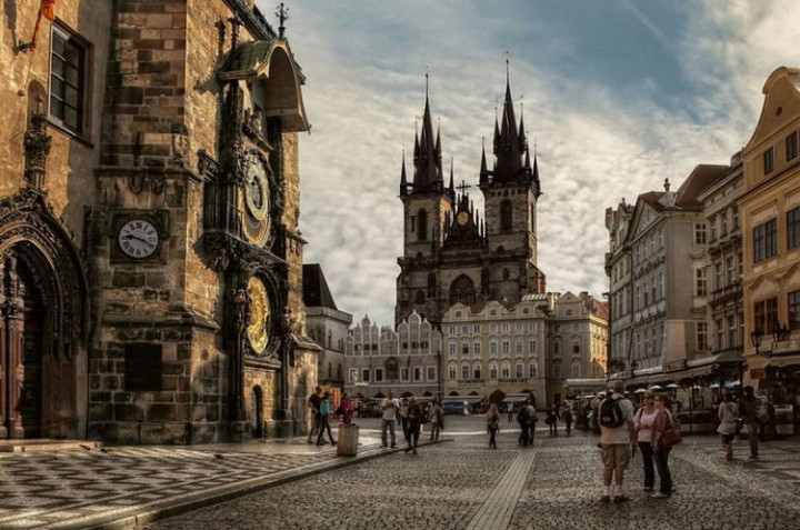 Top 25 Travel Destinations 2016 - Prague, Czech Republic 03.