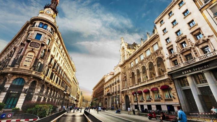 Top 25 Travel Destinations 2019 - Barcelona, Spain 02.