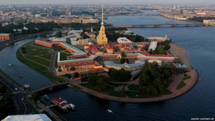 Top 25 Travel Destinations 2016 - St. Petersburg, Russia 02.