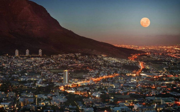 Top 25 Travel Destinations 2016 - Cape Town, South Africa 03.