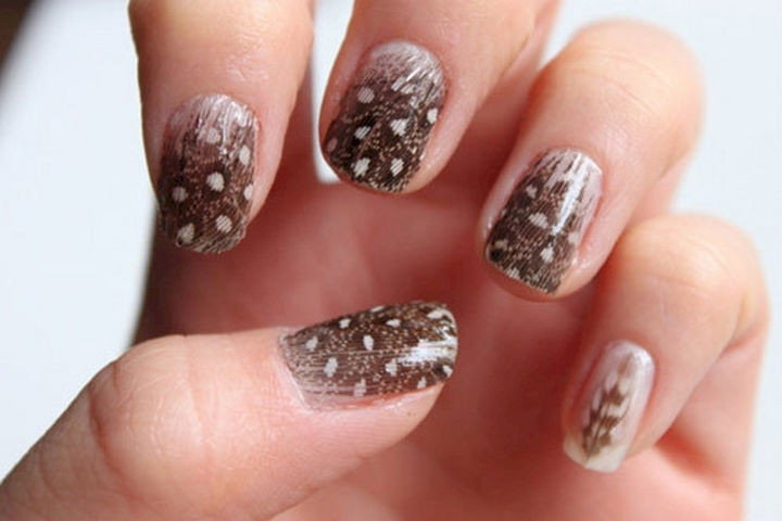 18 Feather Nail Art Designs - These nails are sporting some real feathers!