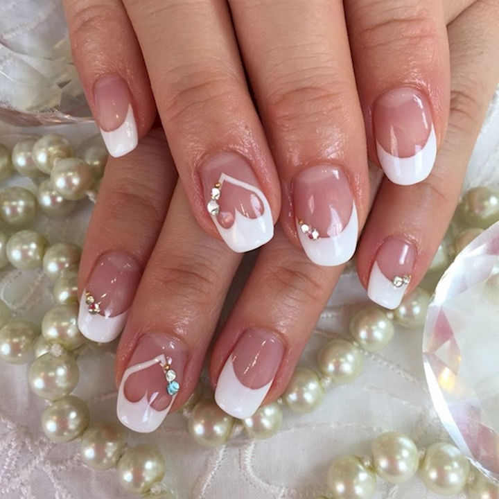 18 wedding nails perfect for the big day 18 perfect wedding nails i heart wedding nails with bling junglespirit Choice Image