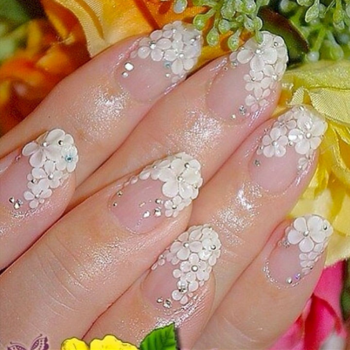 18 Perfect Wedding Nails - Beautiful floral wedding nails.