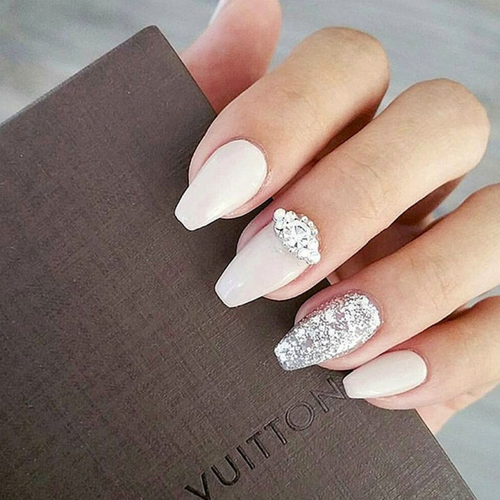 18 Perfect Wedding Nails - Shining bright like a diamond.