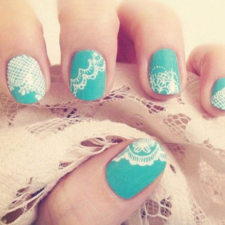 18 Perfect Wedding Nails - Pretty lace.