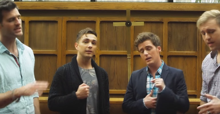 Anthem Lights Perform Beautiful Hymns Mashup.