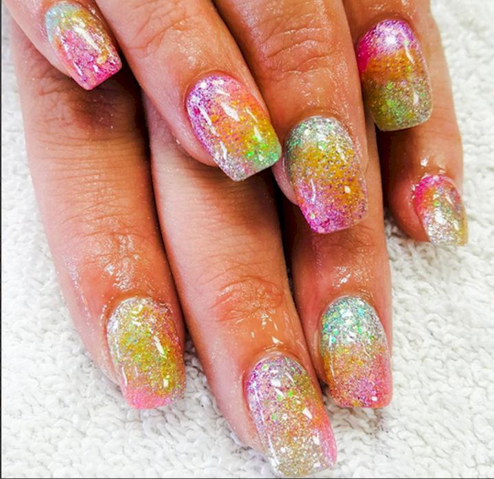 13 Mermaid Nails - Glittering mermaid-inspired ombre nails.