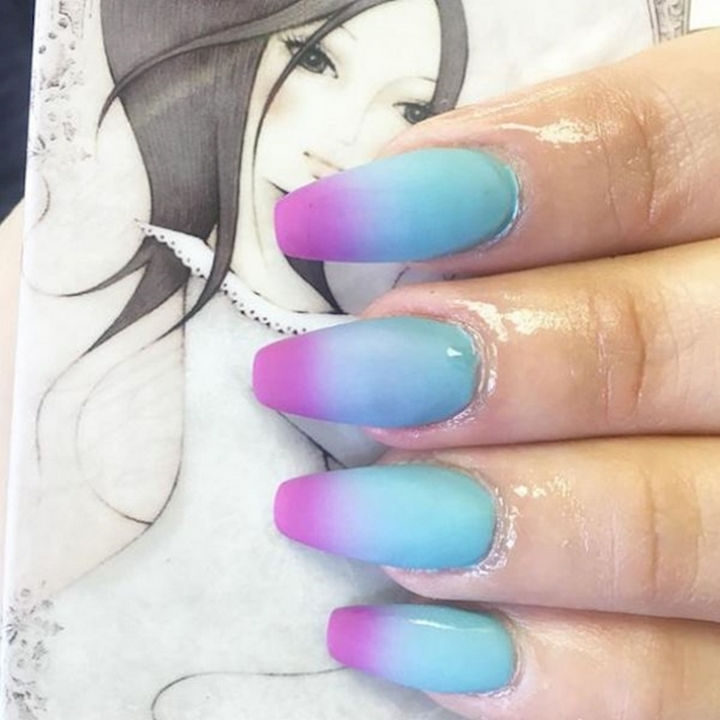 Pretty matte spring nail manicure.
