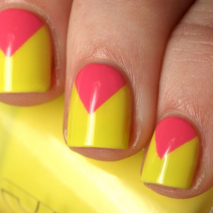 17 Chevron Nails - Awesome chevron nails perfect for the summer.