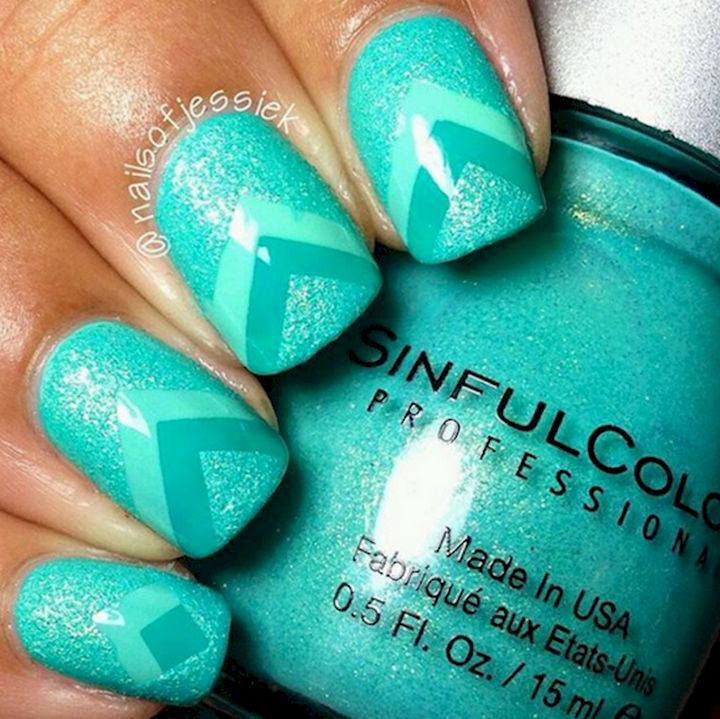 17 Chevron Nails - Colorful green glittering chevron nails.